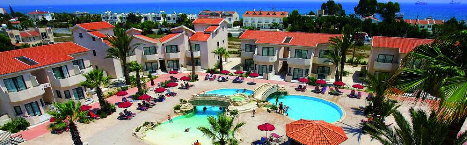 Nyaralás Cipruson: Crown Resorts Henipa Hotel Larnaca ***