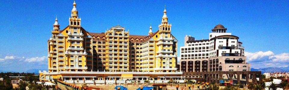 Tengerparti nyaralás Lara: Hotel Royal Holiday Palace *****