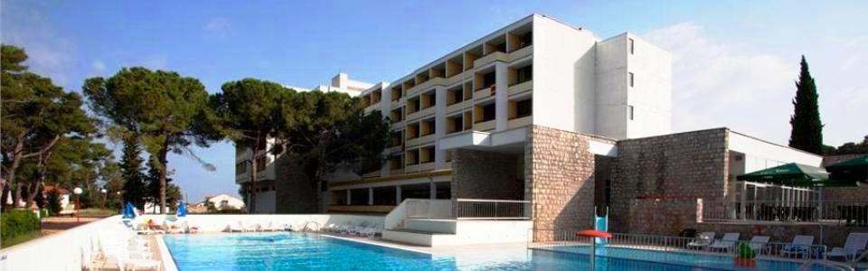 Horvátországi Szállásfoglalás Hotel Adria *** Biograd