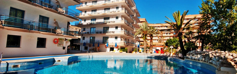 http://utazom.com/sites/default/files/hotel-szallas/44595/hotel-alhambra-santa-susanna-busszal-nagy.jpg