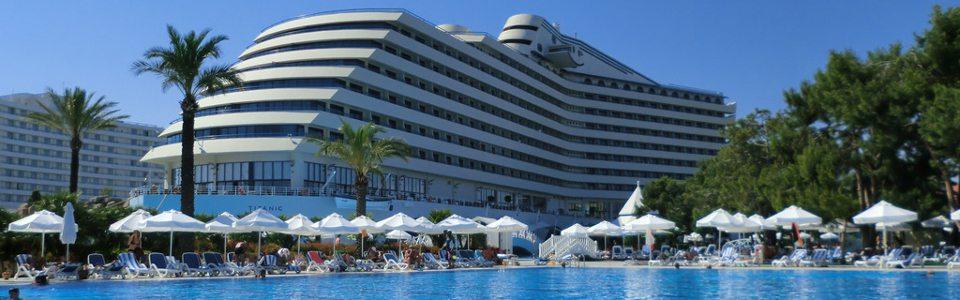 Nyaralás Törökországban: Hotel Titanic Deluxe Beach Resort *****