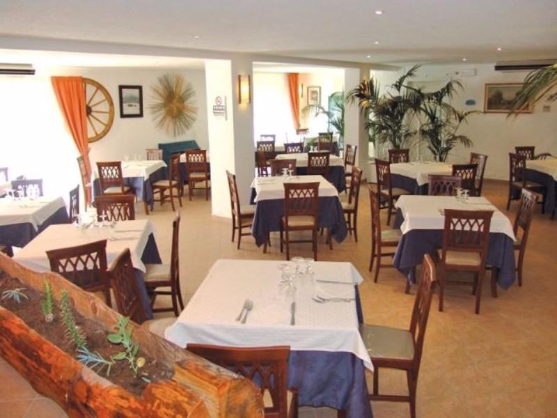 Hotel kalos giardini naxos ft t l - Hotel giardini naxos 3 stelle ...