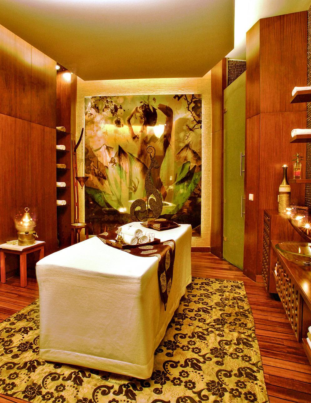 Hotel Gloria Verde Resort       Belek e142b7dd8b