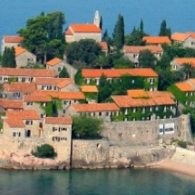 Montenegró: nyaralás és körutazás