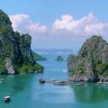 Vietnám (Hanoi, Halong-öböl, Hai Duong, Hue, Ho Chi Minh City (Saigon), Mekong-folyó, Cu Chi alagutak)