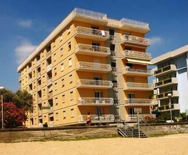 Frontemare Apartmanok - Bibione (Spiaggia)