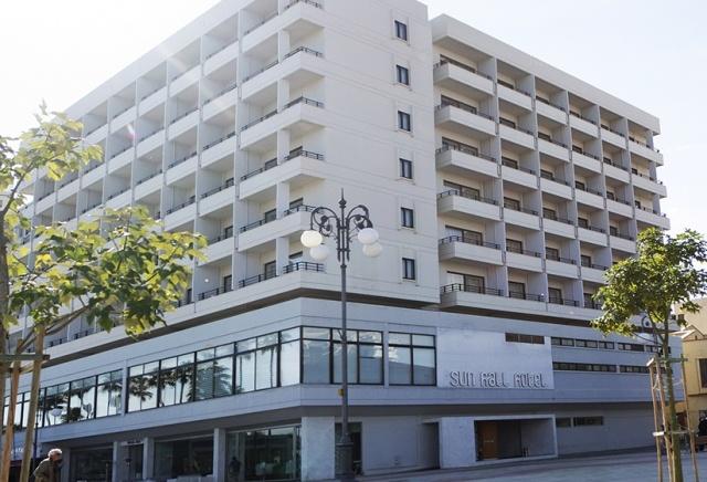 Sun Hall Hotel **** Larnaca