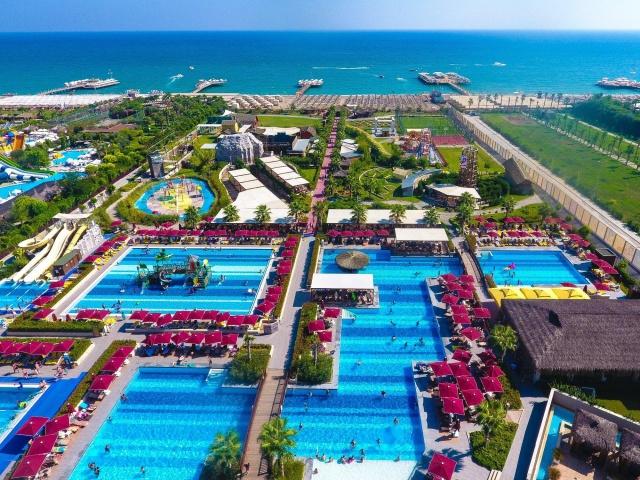 Hotel Aska Lara Resort and Spa ***** Antalya