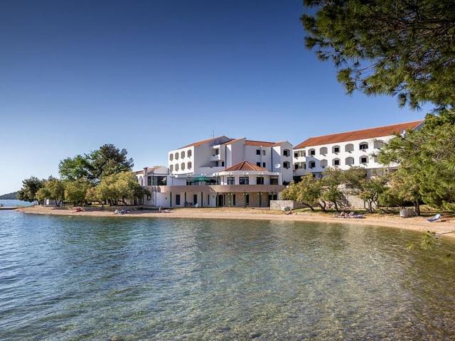 Miran Hotel *** Pirovac