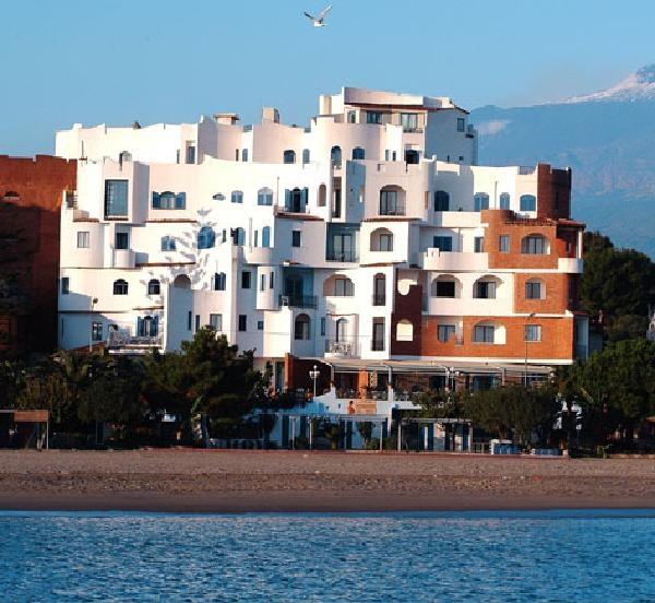Szilveszter Szicíliában - Sporting Baia **** Giardini Naxos