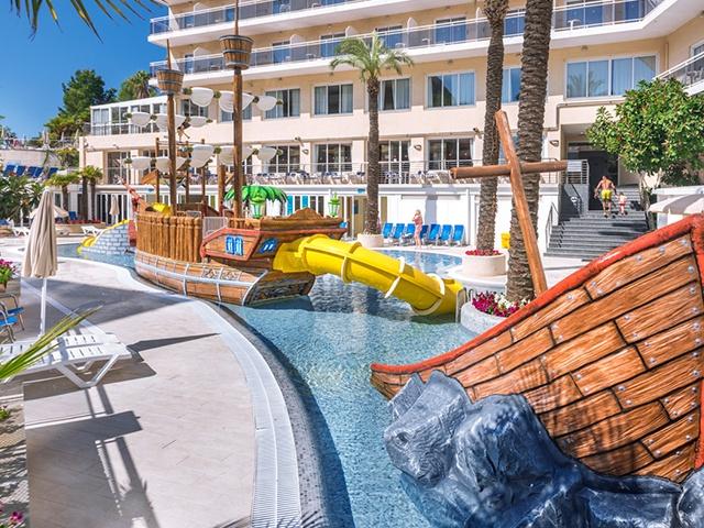 Hotel Oasis Park Splash **** Calella