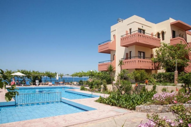 Ekavi Apartments - Nyugat-Kréta, Agia Marina