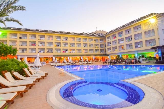 Pine House Hotel **** Kemer