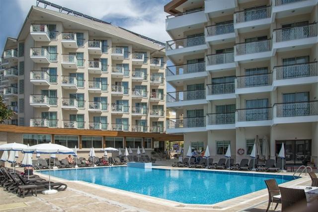 Riviera Hotel & Spa **** Alanya