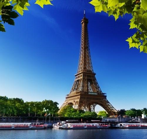 Tavaszköszöntő Párizsban 2021