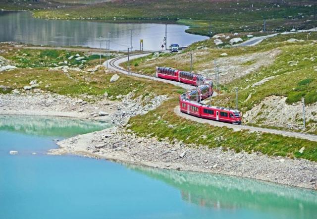 Svájc ikonikus hegyei között utazunk 2021