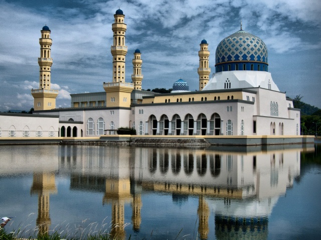Malájzia a Brunei Szultánsággal