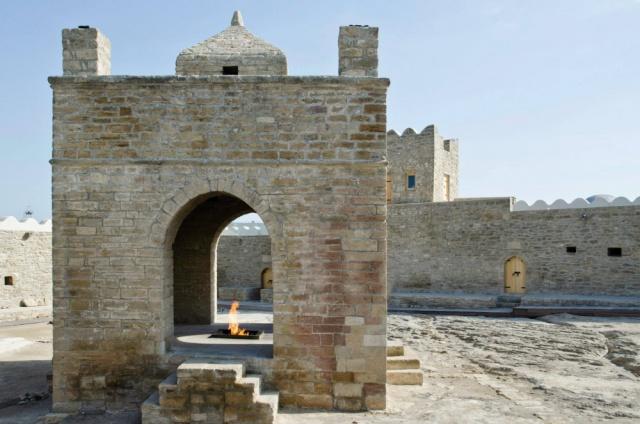 Azerbajdzsán, a Kaukázus 1001 színű szőnyege
