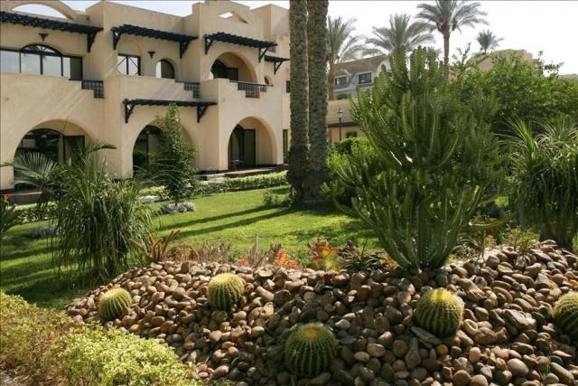 Hotel Oasis 4* - Nílusi hajó 5* - Hotel Long Beach Resort 4*