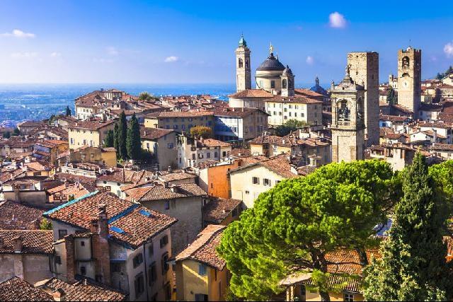 Tájak, korok, városok Észak- Olaszországban