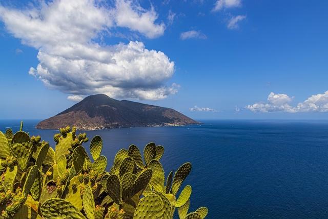 Lipari-szigetek és Kelet-Szicília