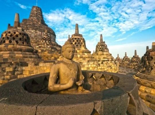 Szingapúr és Indonézia kincsei - Jáva és Bali 2022.01.18-31.