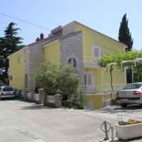 Karlo Apartman *** Makarska