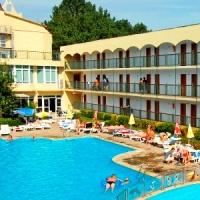 Hotel Amfora Beach *** Napospart - Repülővel