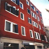 Hotel Dolomiti ** Velence