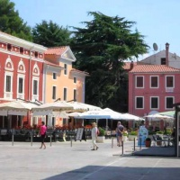 Hotel Pansion Emaus *** Novigrad