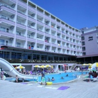 Hotel Ideal Beach **** Alanya