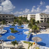 Hotel Four Points by Sheraton*****RE/Hotel Cayo Santa Maria***** (szilveszter)