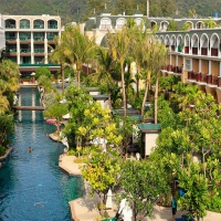 Phuket (4+1éj) Hotel Graceland Resort & Spa ****  és Phi Phi (3 éj) Hotel Zeavola*****