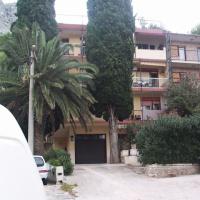 Pasa apartmanház - Omis