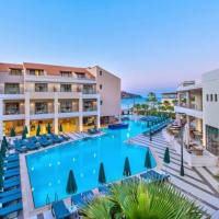 Porto Platanias Beach Resort & Spa ***** Kréta-Chania