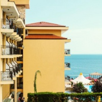 Hotel & Appartements Caesar Palace Beach **** Sveti Vlas