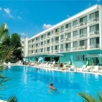 Hotel Zefir Beach *** Napospart (Nyár)