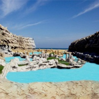 Caves Beach Resort ***** Hurghada