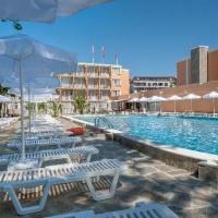 Hotel Riva *** Napospart