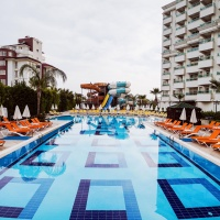 Hotel Lara Family Club ****+ Antalya