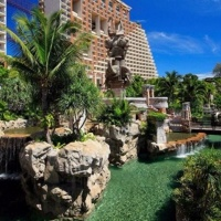 Dubai 3 éj **** és 7/9/12 éj Hotel Centara Grand Mirage ***** Pattaya
