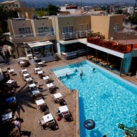 Hotel Nefeli Platanias **** Kréta, Platanias