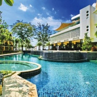 Doha **** és Hotel Graceland Resort & Spa **** Phuket