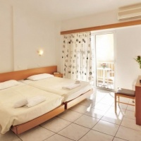 Hotel Carina ** Rodosz város
