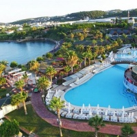 Öz Hotels Incekum Beach Resort ***** Alanya