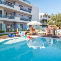 Sunny Days Hotel and Apartments *** Rodosz, Ixia