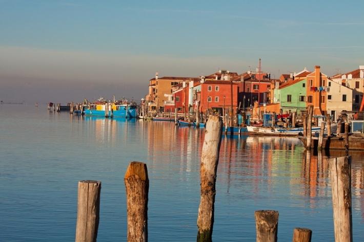 Velence további nevezetességeiről a Látnivalók Velencében oldalon olvashat  többet. fb64564817