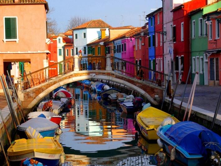 Látnivalók Velencében  Burano-sziget - Messzi tájak Európa ... 94ff495f8a