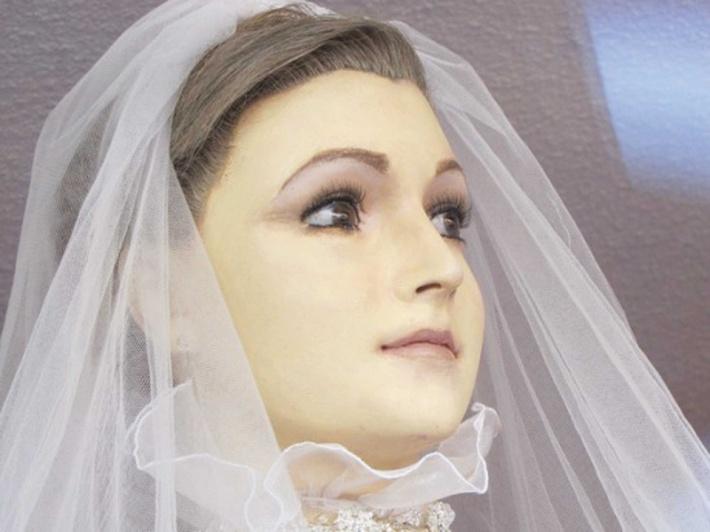 Hátborzongató  ezrek akarják látni a halott menyasszonyt - Messzi tájak  Latin-Amerika 1398c9a14d