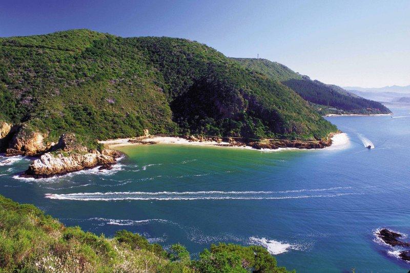 Utazás Dél-Afrikai Köztársaságba repülővel, helyben autóbusszal és belső repülőkkel, hajóval.